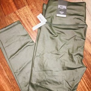 NWT XL shine green VSX knockout tights